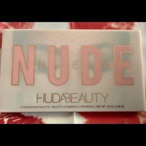 Huda Nude Palette